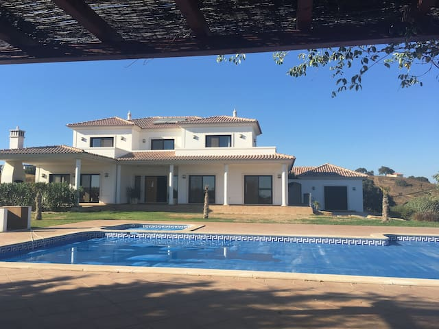 Luxury villa near Tavira