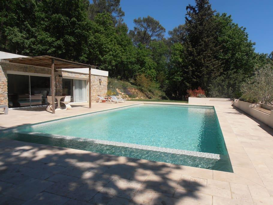Le reve bleu maisons louer le luc provence alpes for Reve bleu piscine