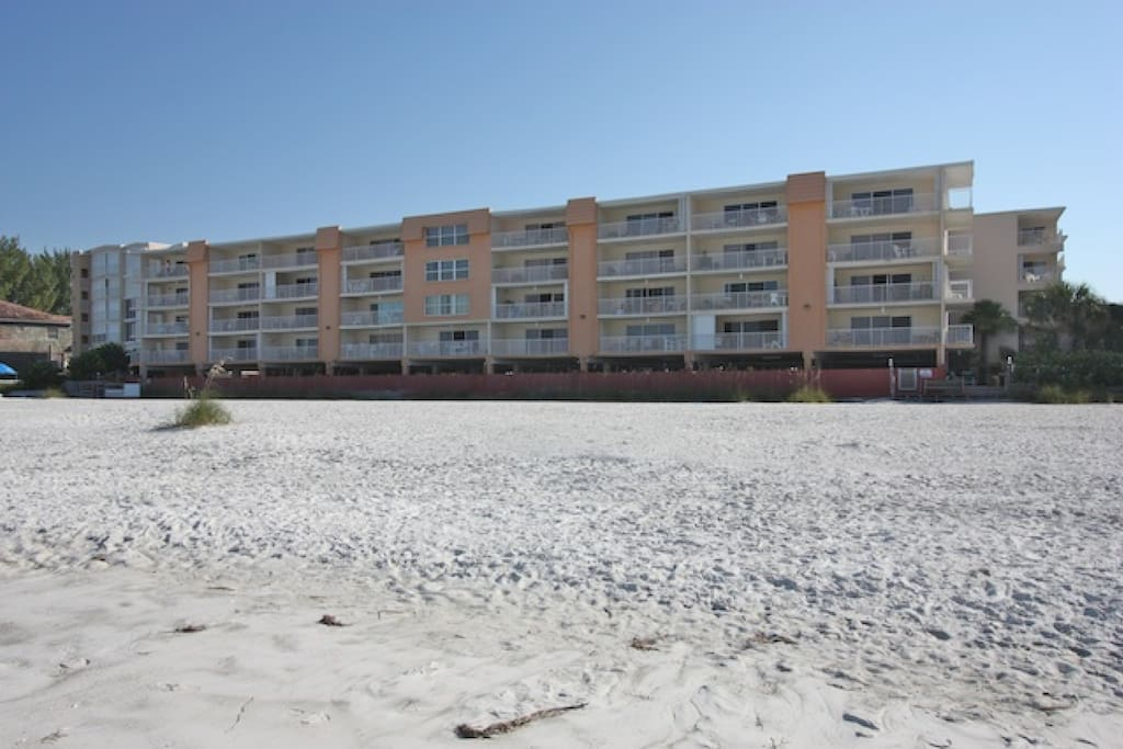 214 Holiday Villas-3 Bedroom/ 2 Bathroom Oceanfront Condominium-Indian Shores, FL