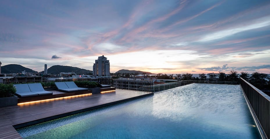 Patong Luxury 2-br Apartment, free pick-up