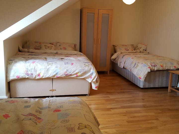 1 Double bed +  2 single beds
