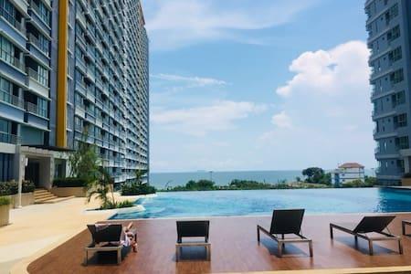 中天海滩 lumpini jomtien beachB27高层海景房,大一居室