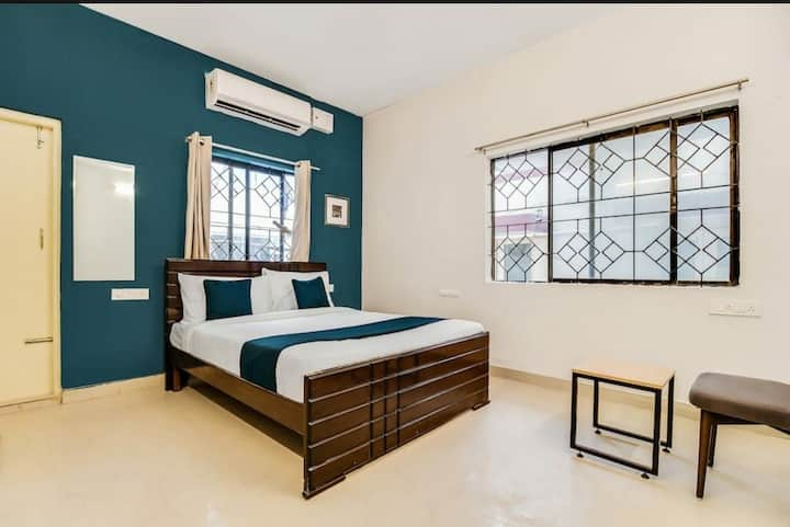 Couple friendly RoomNear ITC Infotech Banaswadi Rd