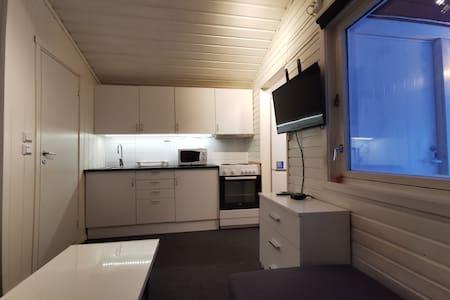 Hytte med eget bad og eget kjøkken