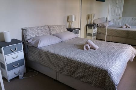 Spacious single room in a quiet residential area