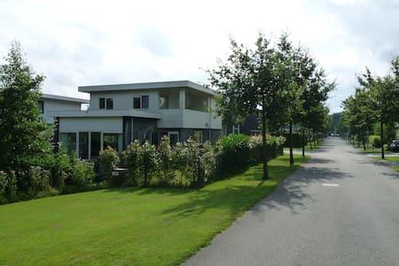 Ferienhaus Villa Harderwold - Zeewolde