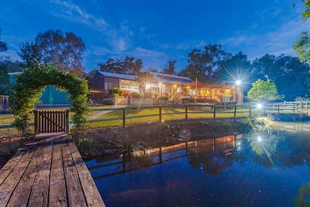 Swan Valley Farm Stay - Sola Gratia Country Stay