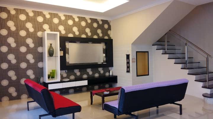 Sibu Wonderful Modern Homestay