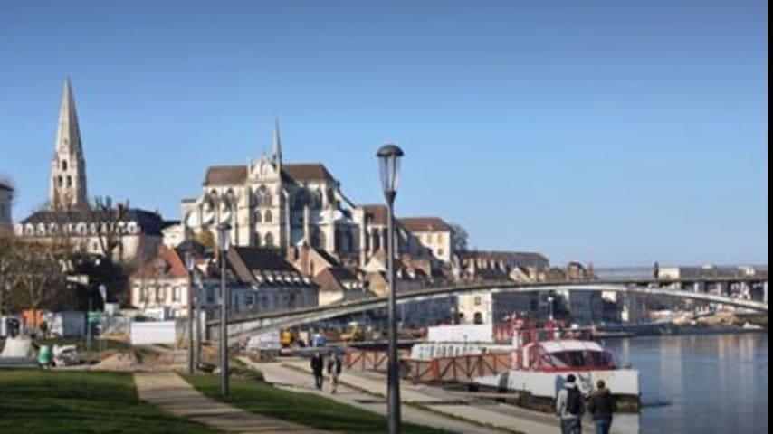 Les quais d'Auxerre