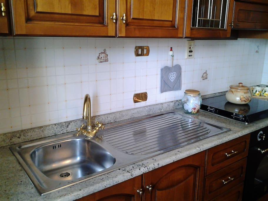 lavello in cucina