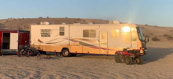 Full hookup, RV Camp site on 70-acre Walnut Ranch
