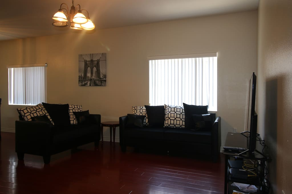 Delightful And Pleasant 2 Bedroom Apartment Apartments For Rent In Los Angeles California