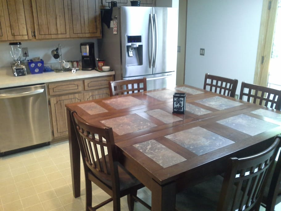 Spacious full service kitchen
