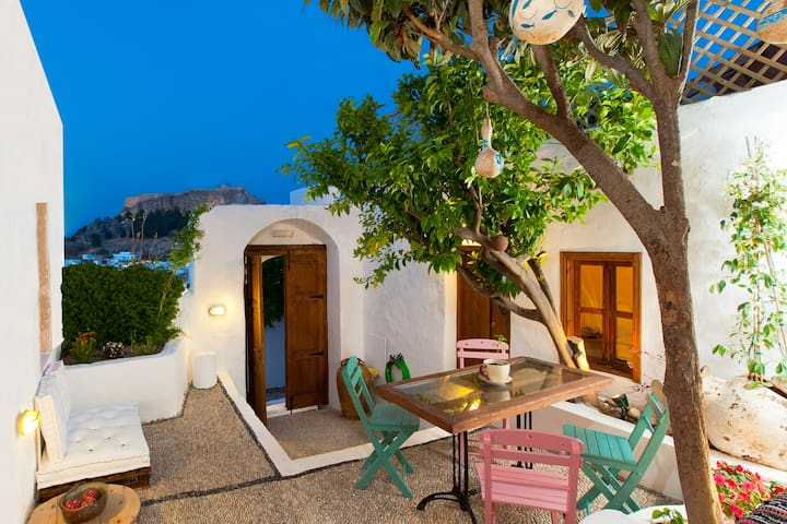 Amazing G cottage - Lindos - Casa