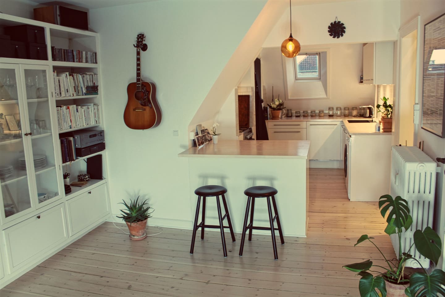 Open kitchen - allowing you to make food and hang out at the same time