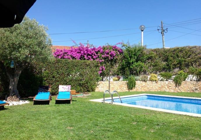Villa with pool at Aldeia do Meco - Sesimbra - House