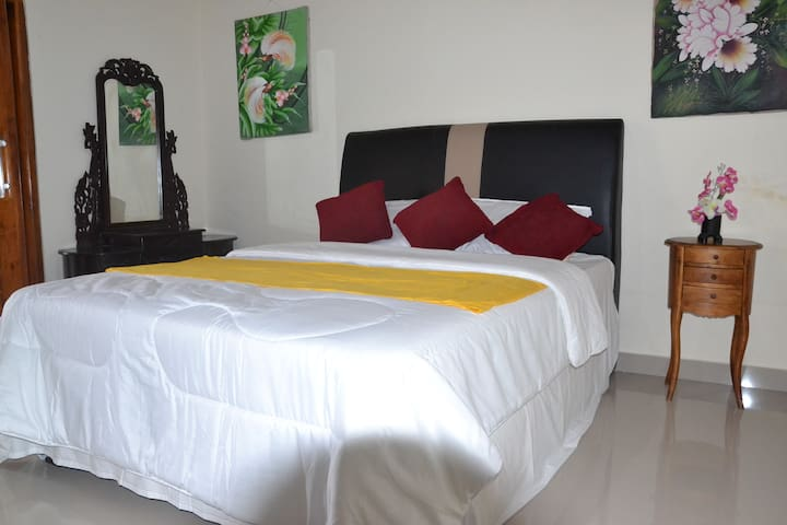 VITO GEDE GUEST HOUSE LOVINA