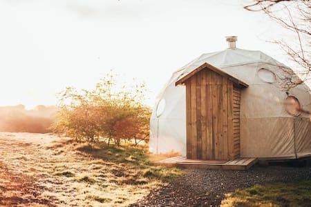 Luxury camping in Pembrokeshire, near Cardigan - Cardigan - Jurtta