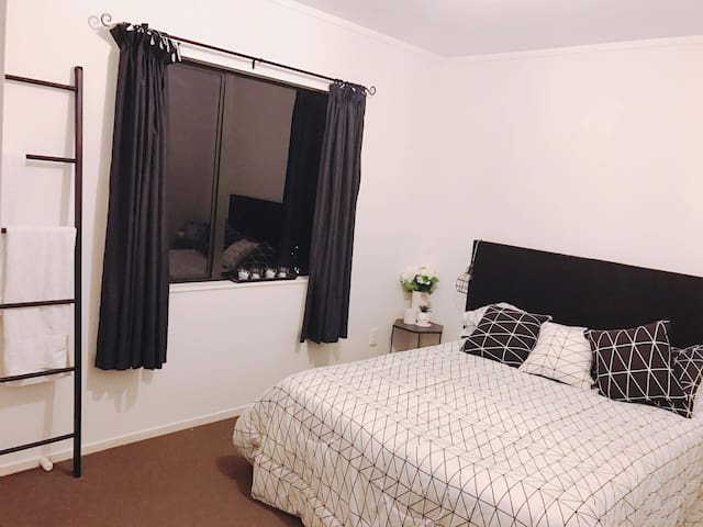 Cosy home away from home. - Auckland - Casa