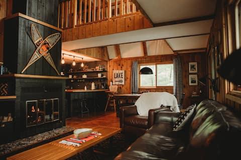 Updated 3 bedroom Lake Cabin