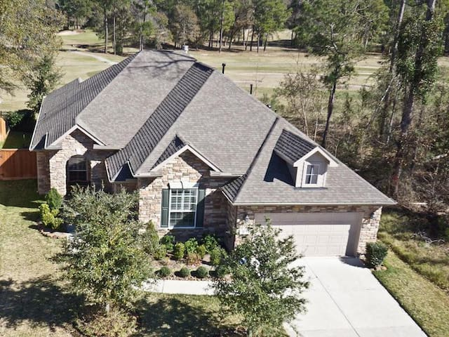 Single Story Golf Course Home. 15 minutes from IAH - Humble - Casa