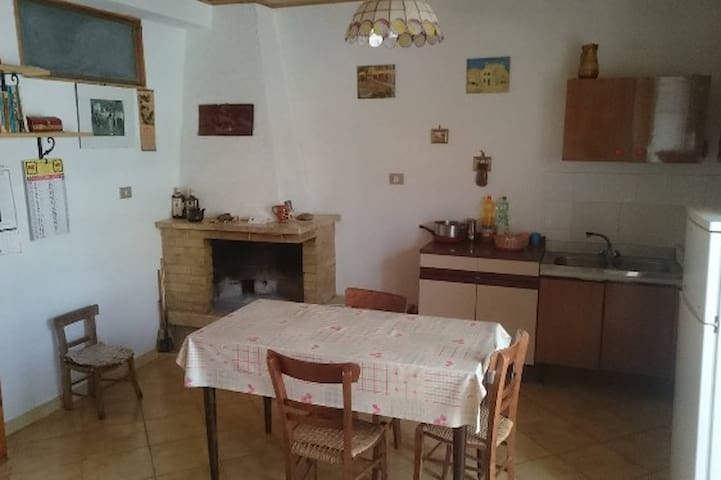 Calabria holiday apartments - Castelsilano - Apartment