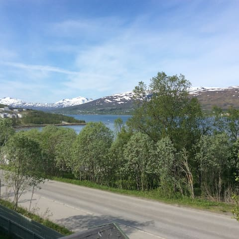 Apartment on the western side of Tromsø - Tromsø - Apartment
