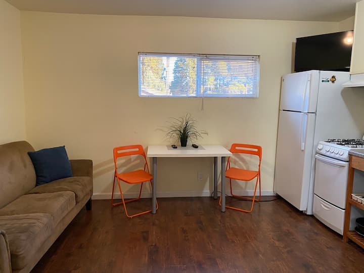 Awesome 1 bedroom apartment in Vallejo