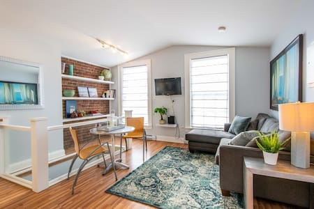 Modern 1BR in amazing Old South Historic District