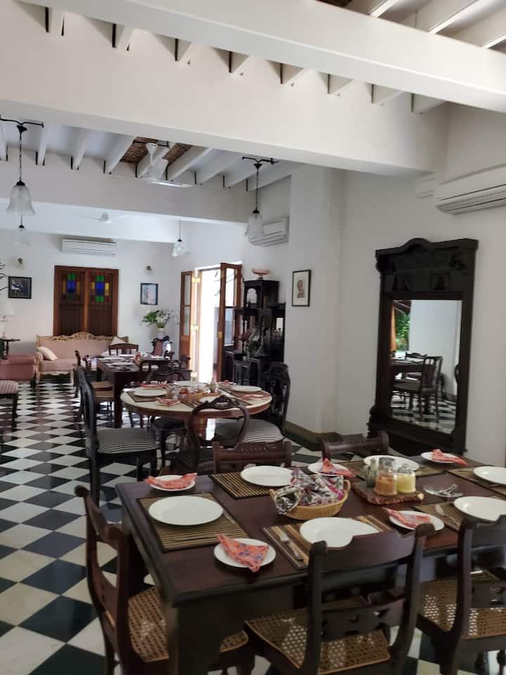 Private Room E at a garden Villa-Kariappa House