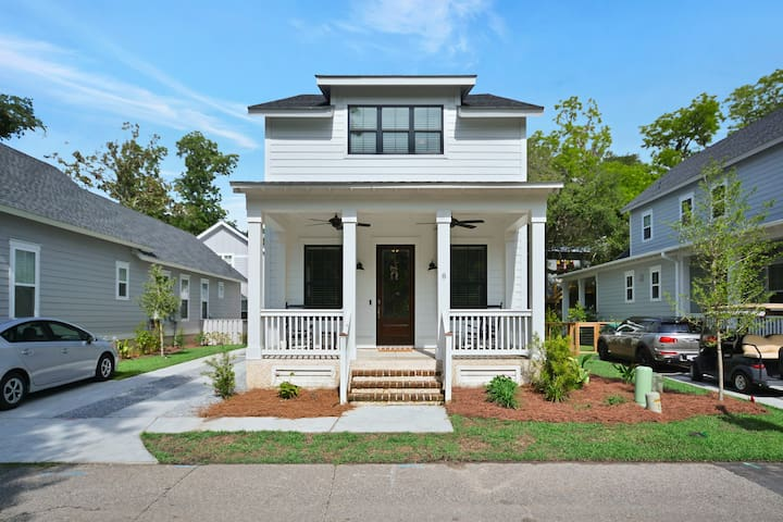 New Home in Promenade/Old Town Bluffton. Sleeps 8
