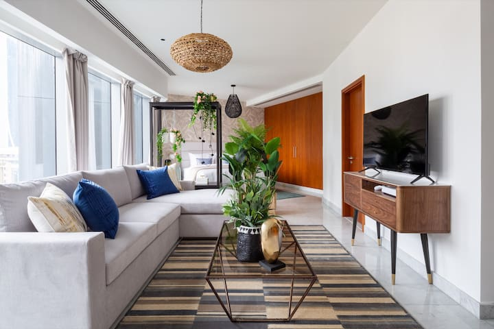 Serene Studio Apartment in Central Park Towers