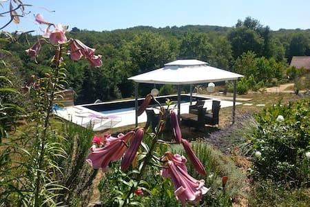 chambre d'hôte 2 www.lesrouverades.com - Châtres - Guesthouse