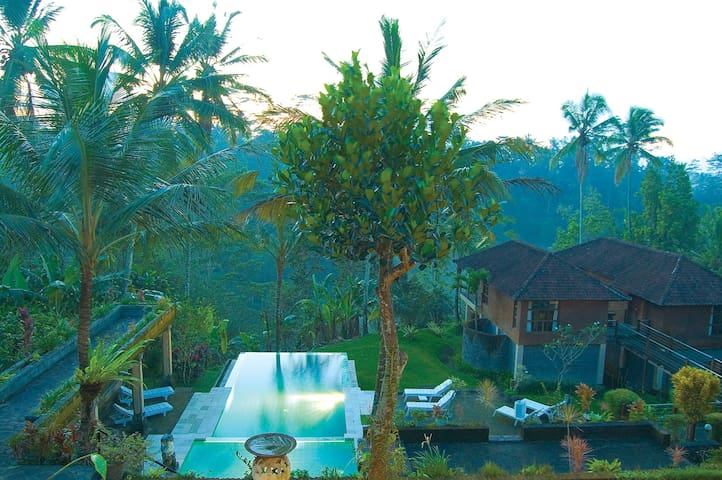 Relaxing Private Room Nature View - Ubud