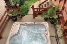 Gorgeous Southside slopes house w/outdoor hot tub