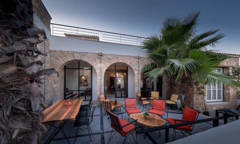 La Regina Veneziana Guest House & Cafe