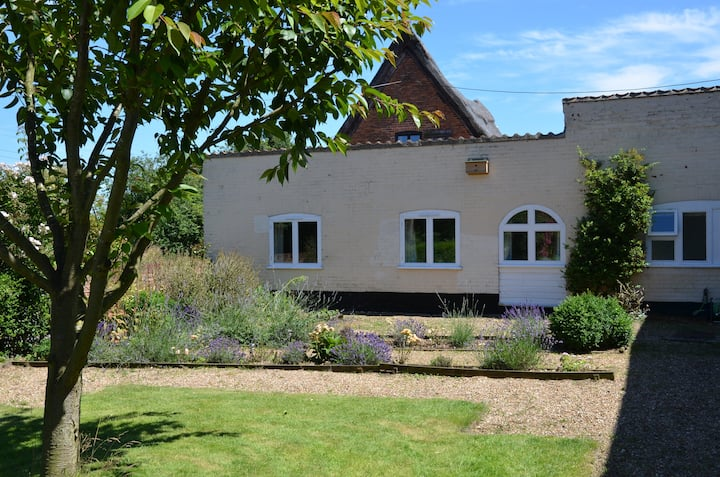 Staithe Farm Cottage.