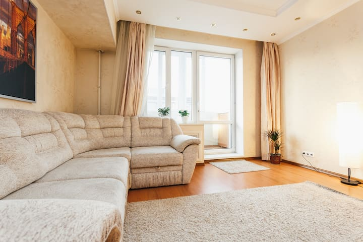 2-bedroom apartment near the Kremlin