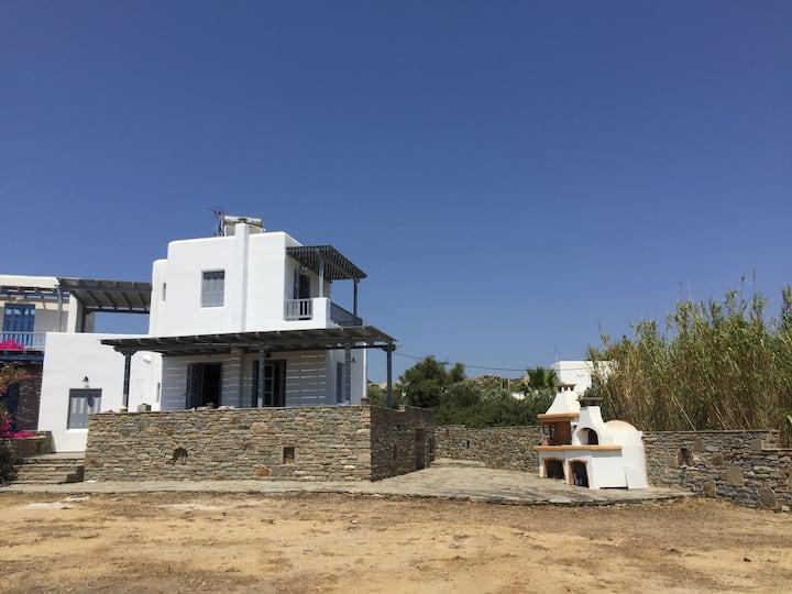 Villa Tonia (Sea View) in St. Peter / Plaka Naxos