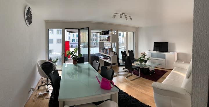 Magnifique appartement avec balcon en plein centre