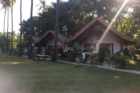 Spice Island Villas 1 - Pemenang - Villa
