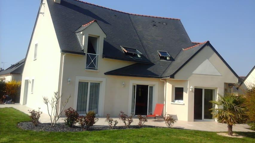 3 chambres à louer dans maison au Lion d'Angers