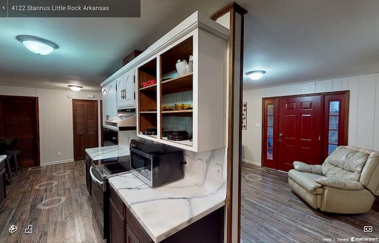 412A Comfy w/private bath, garage by 5 hospitals