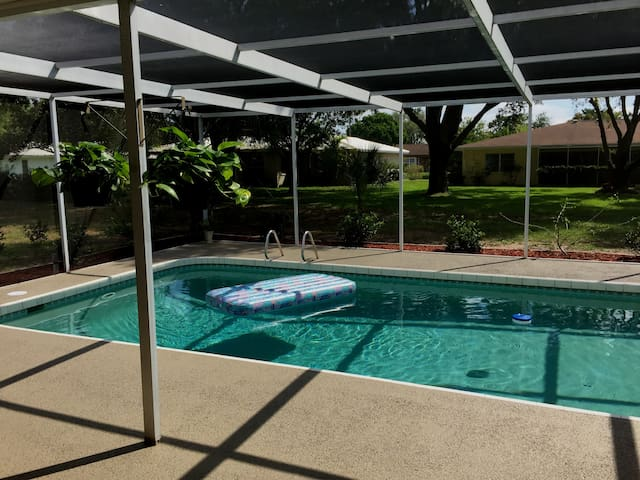 Vacation Home on Coral Sands, Free Heated Pool !!! - Venice - House