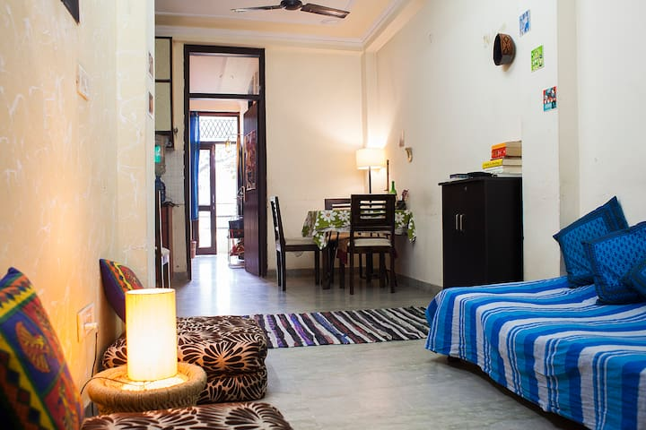 Budget stay in South Delhi! - Nueva Delhi - Apartamento