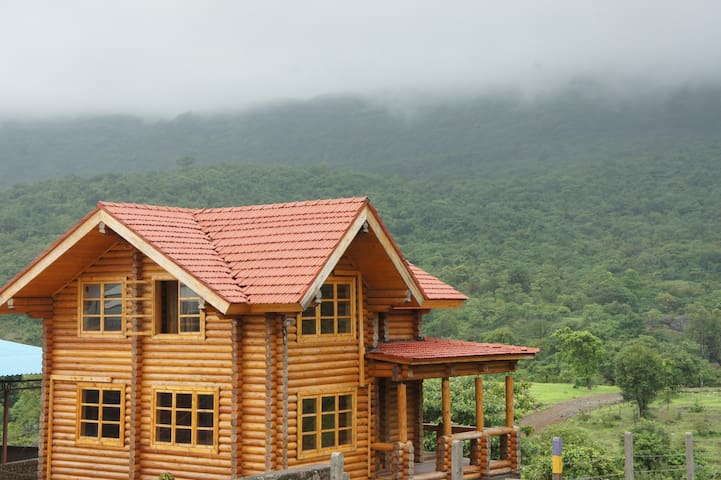 Russian log house amidst nature - Morve - Bungalow