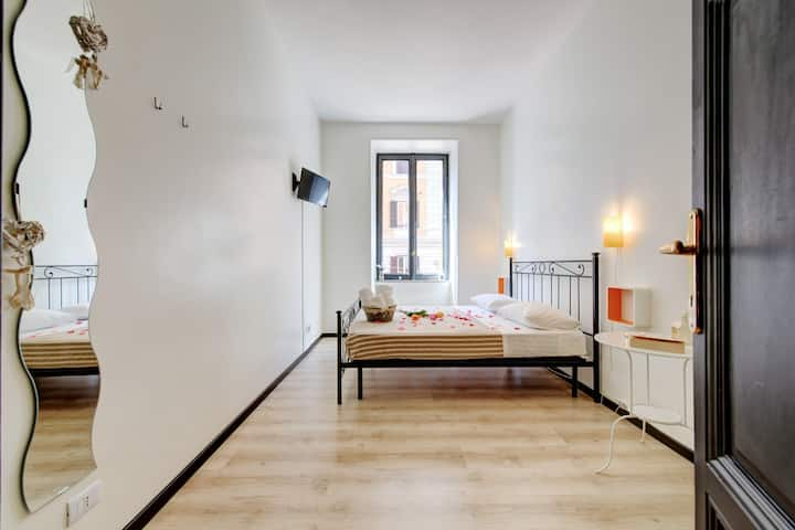 Double room with wifi - Termini Station