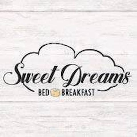 Sweet Dreams Bed and Breakfast (Sunrise Room)