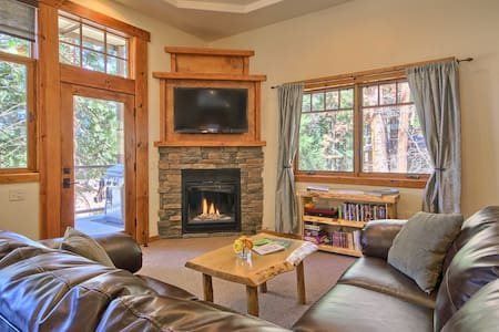 Spacious King Suite- Really in Yosemite - YOSEMITE NATIONAL PARK