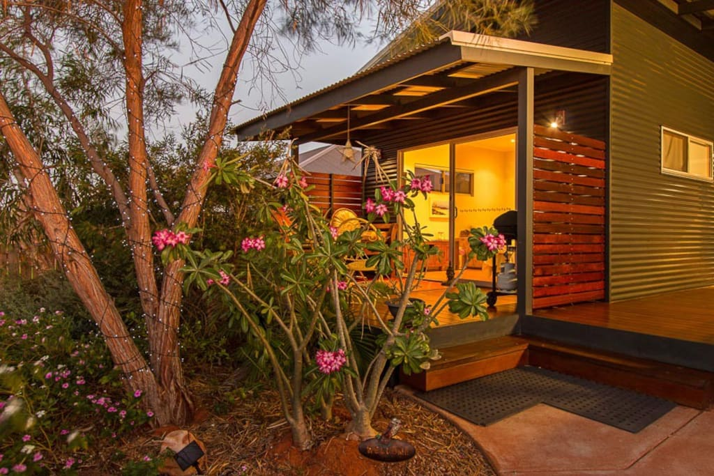 Kookaburra unit- your entry and private deck